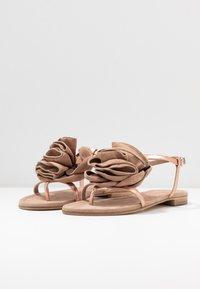 Kennel + Schmenger - ELLE - T-bar sandals - rose/skin - 4