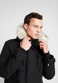 Timberland - NORDIC EDGE EXPEDITION - Zimní kabát - black - 3