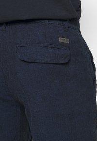 Lindbergh - PANTS - Pantalon classique - dark blue - 4