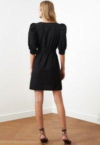 Trendyol - Sukienka letnia - black - 2