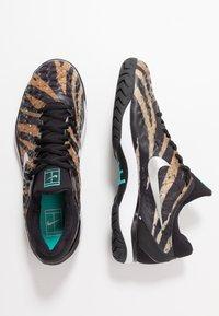 Nike Performance - AIR ZOOM CAGE - Clay court tennis shoes - wheat/metallic silver/hyper jade/desert ore/black/white - 1