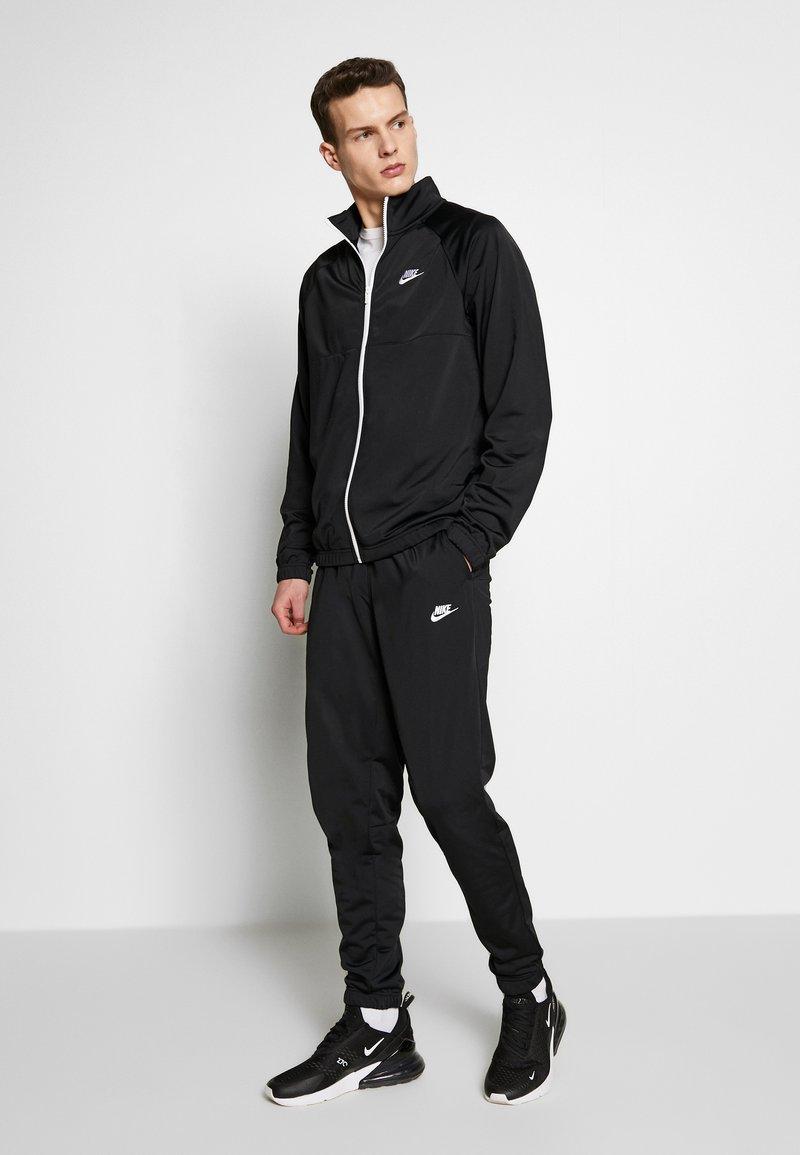 Nike Sportswear - SUIT - Tracksuit - black/white