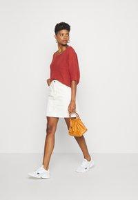 Object - GLORIA TWILL - Mini skirt - sandshell - 1