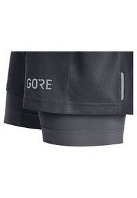 Gore Wear - Sports shorts - schwarz (200) - 3