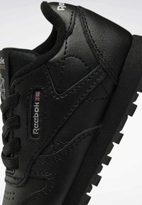 Reebok Classic - CLASSIC LEATHER SHOES - Baby shoes - black - 6