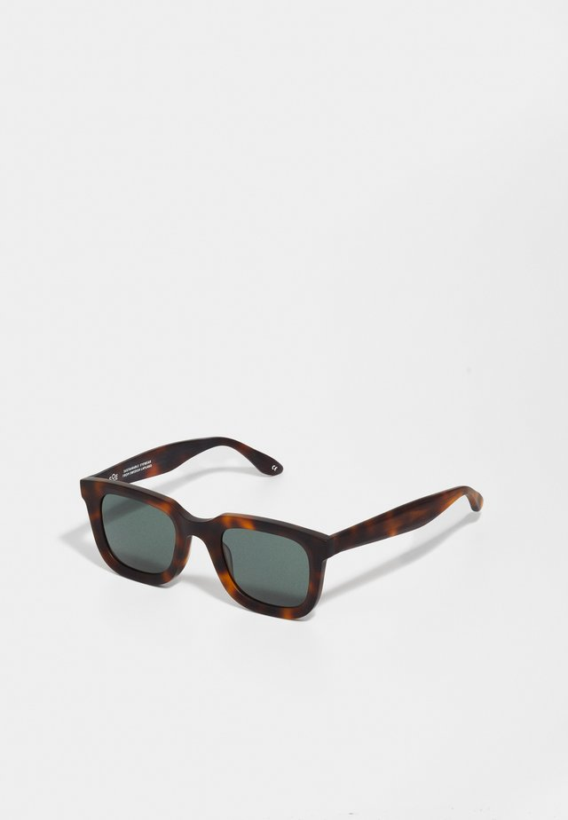 Sunglasses - bark matte/green