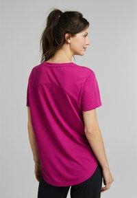 Esprit Sports - MIT LOGO-PRINT - Print T-shirt - pink - 2