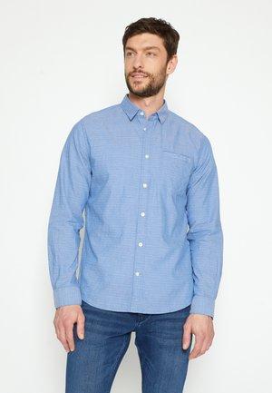 REGULAR ORGANIC DOBBY - Camicia - blue/white