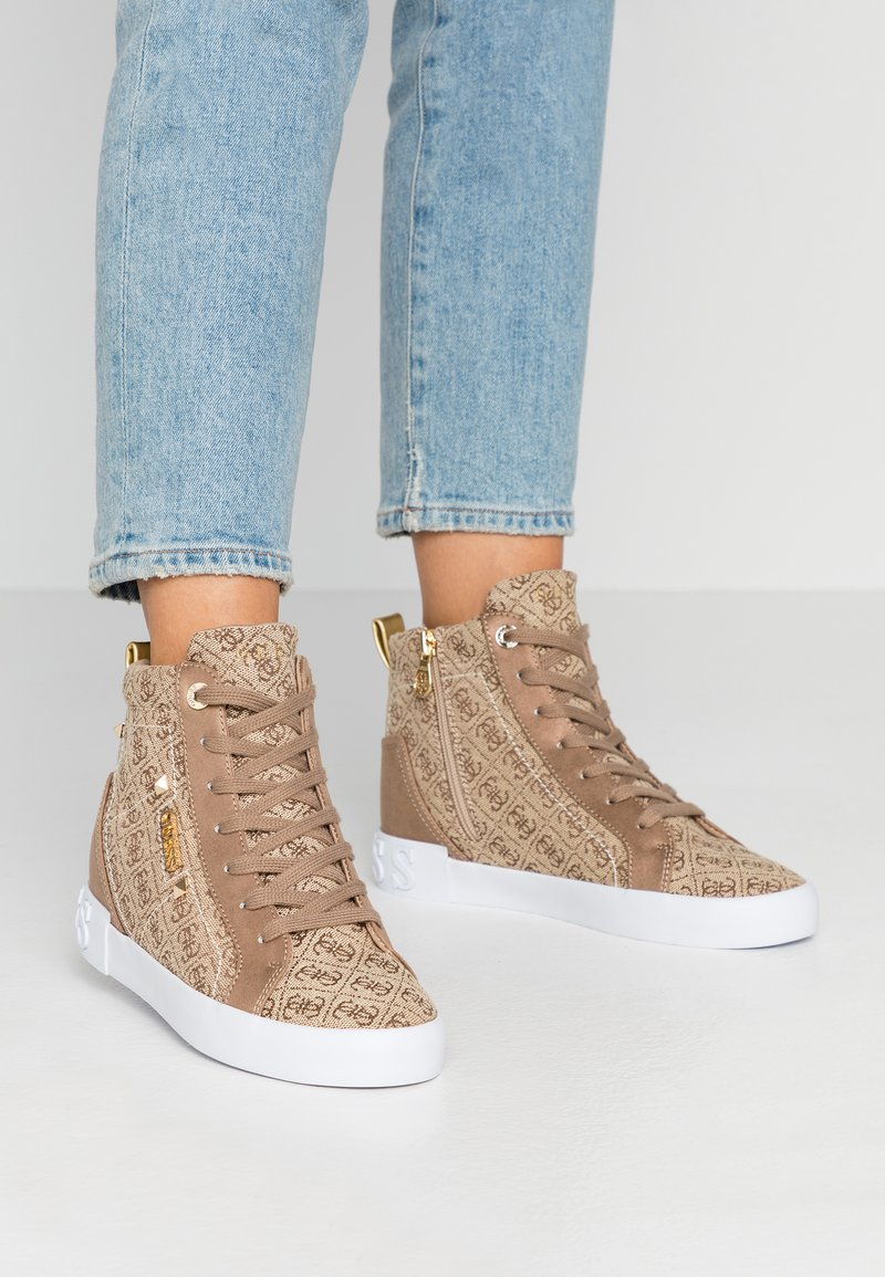 Guess - PORTLY - Sneaker high - beige/brown