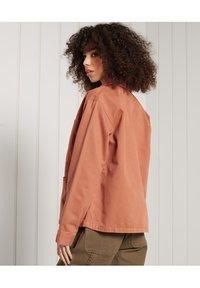 Superdry - CHORE  - Summer jacket - cinnamon - 1