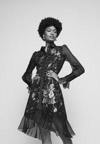Marchesa - DAMASK DRESS - Koktejlové šaty/ šaty na párty - black - 4