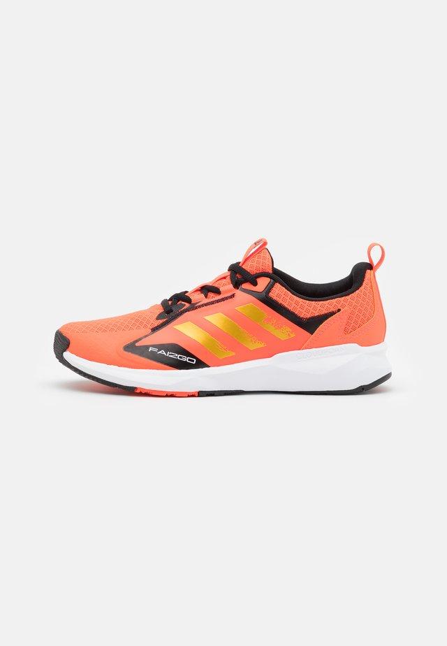 FAI2GO UNISEX - Chaussures d'entraînement et de fitness - solar red/gold metallic/core black