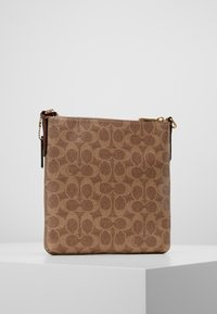 Coach - MESSENGER CROSSBODY SIGNATURE - Torba na ramię - tan rust - 2