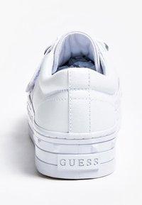 Guess - Sneakers basse - weiß - 3
