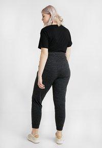 Nike Sportswear - GYM PANT PLUS - Tracksuit bottoms - black/sail - 2