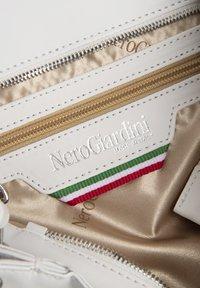 NeroGiardini - Handbag - bianco - 3