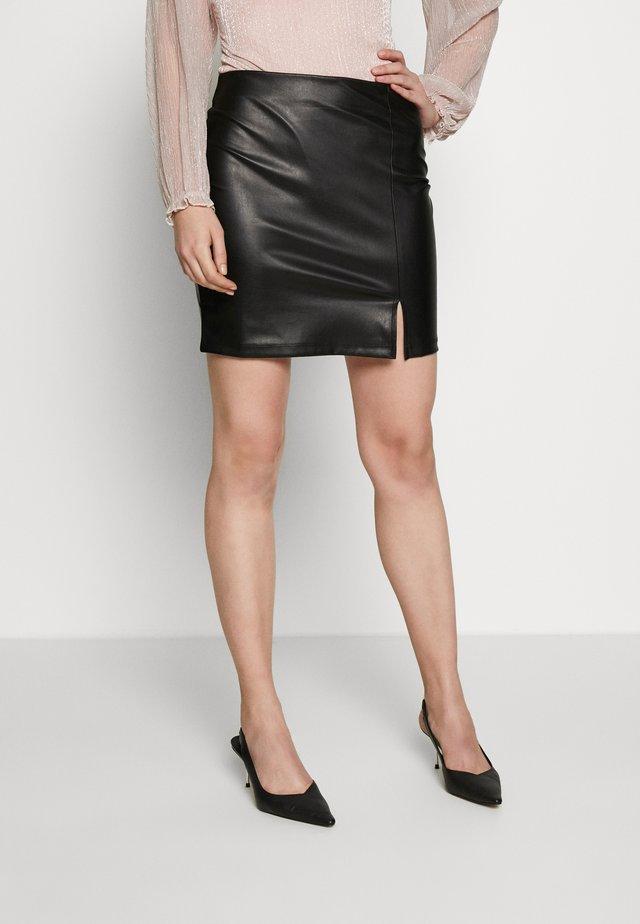 FAUX-LEDERN MINI ROCK - Mini skirt - black