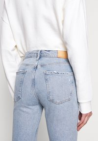 Citizens of Humanity - DEMY CROPPED  - Flared Jeans - igne - 5