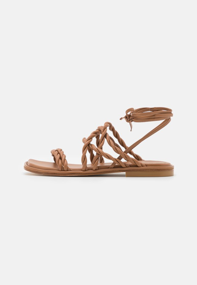 CALYPSO LACE UP - Sandalen - tan