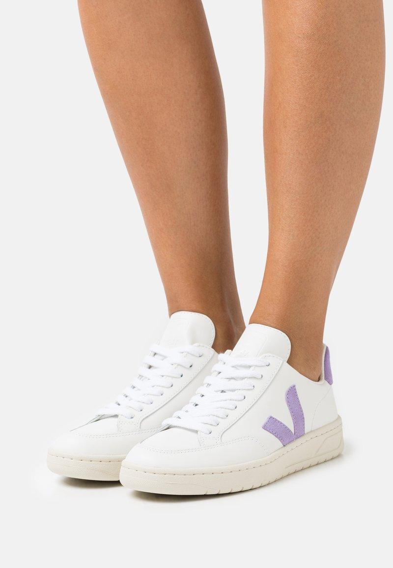 Veja - V-12 - Trainers - extra white/lavande