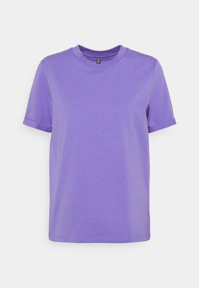 PCRIA FOLD UP SOLID TEE  - Jednoduché triko - dahlia purple