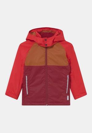 WINTER KARKKILA UNISEX - Snowboardová bunda - jam red