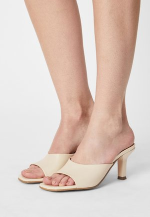 LEATHER - Heeled mules - off white