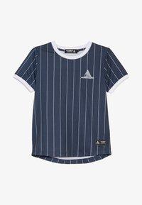 Modern Native - SUB TEE WITH SCREEN PRINT - Print T-shirt - blue - 3