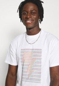 Carhartt WIP - Print T-shirt - white - 3