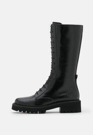ROW - Veterlaarzen - black