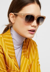 Marc Jacobs - MARC - Sunglasses - champagne - 1