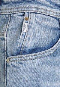 Marc O'Polo DENIM - MAJA - Jeans Tapered Fit - multi/90s vintage light blue - 2