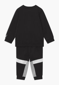 Puma - ANIMALS JOGGER SET - Survêtement - black - 1