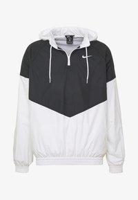 Nike SB - SHIELD SEASONAL - Kurtka sportowa - black/white - 4