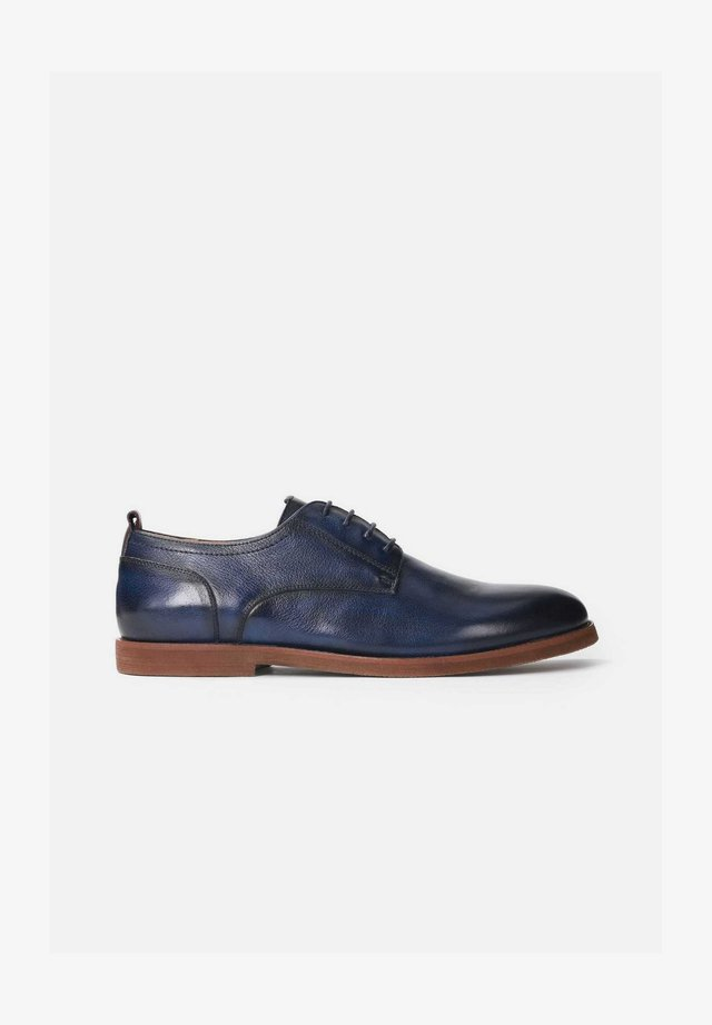 AMADO - Veterschoenen - navy blue