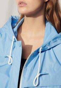 sandro - Summer jacket - bleu ciel - 4