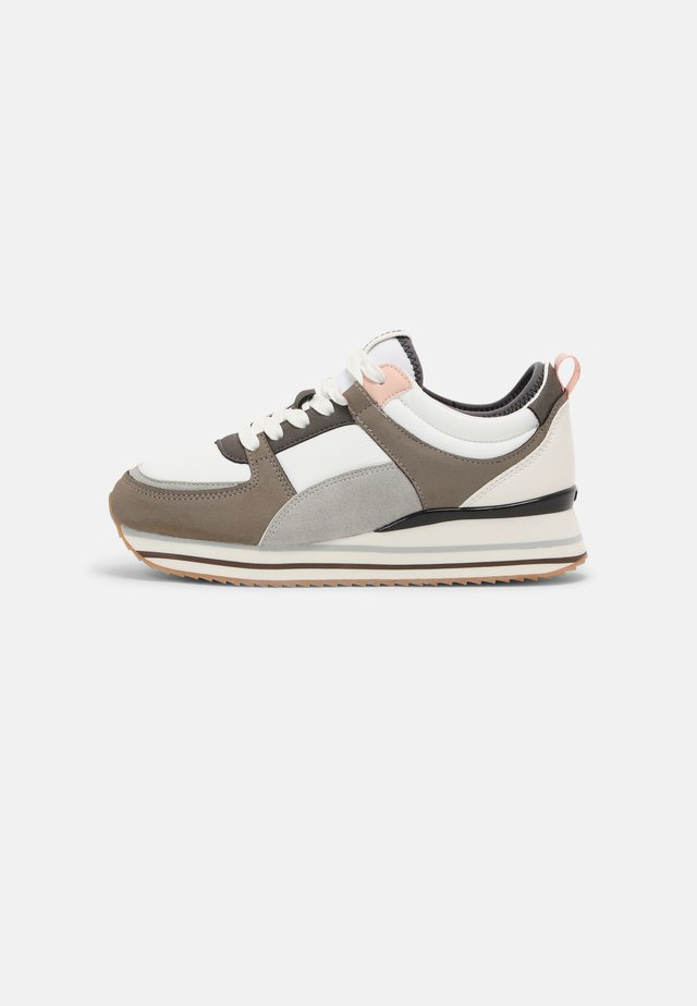 AGATHA - Trainers - cato gris