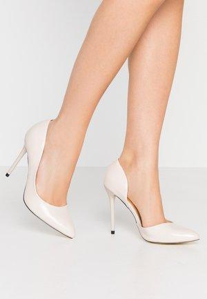 High heels - nude