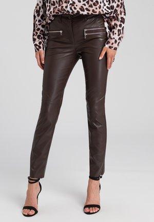 Trousers - deep brown