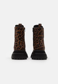 Jeffrey Campbell - MECHANIC - Lace-up ankle boots - brown - 3