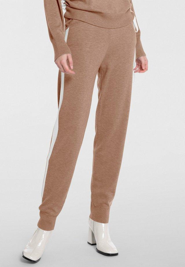 Pantaloni sportivi - karamell