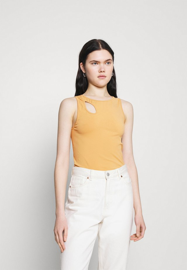 SEAMLESS CUT OUT  - Top - brown