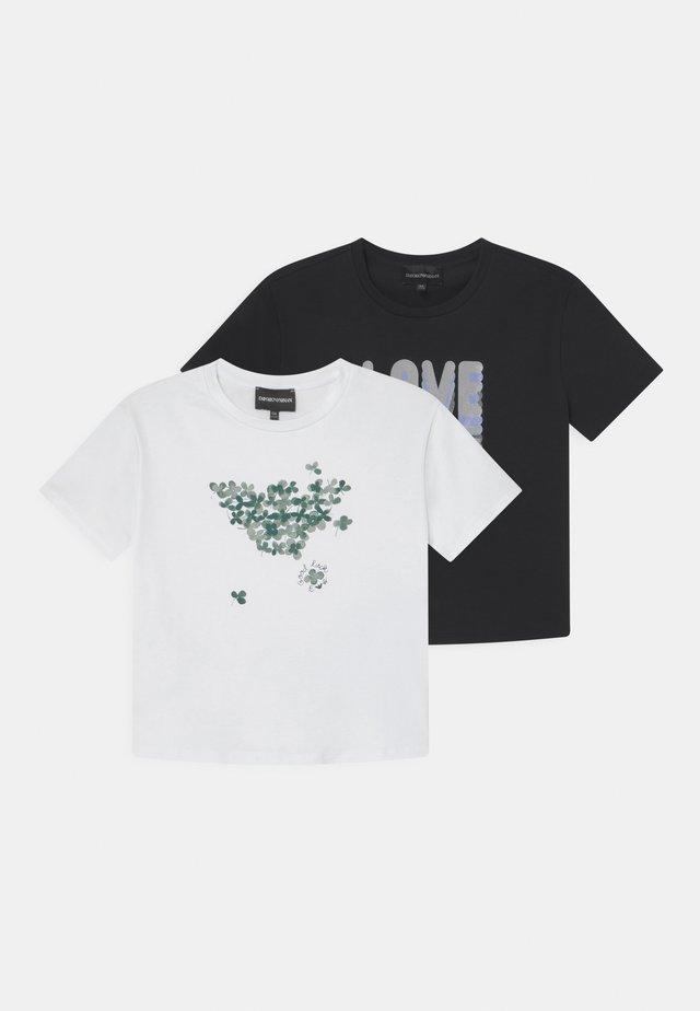 2 PACK - T-shirt imprimé - multi-coloured