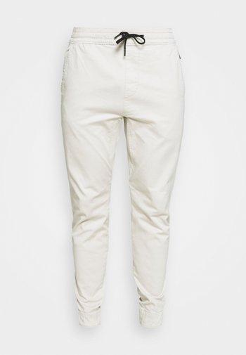 JOGGER CORE - Kalhoty - moonstruck grey