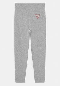 Guess - JUNIOR ACTIVE CORE - Spodnie treningowe - light heather grey - 1