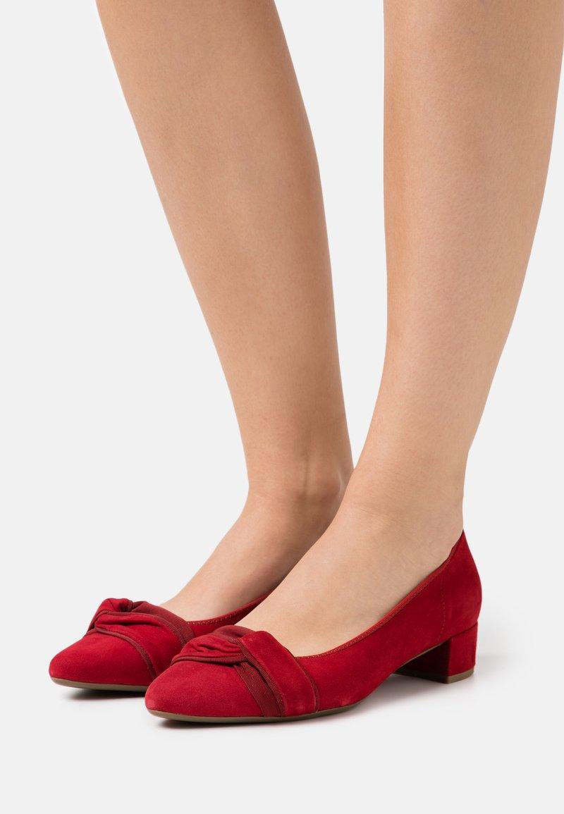Gabor - Classic heels - rubin