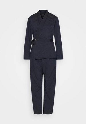 WRAP JUMPSUIT - Jumpsuit - rinsed