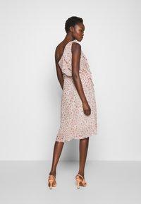Bruuns Bazaar - MILOU KENDRA DRESS - Cocktail dress / Party dress - pastel rose - 2