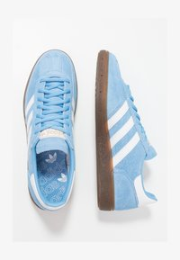 adidas Originals - HANDBALL SPEZIAL - Baskets basses - ltblue/ftwwht/gum5 - 1
