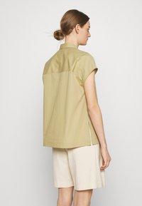 CLOSED - RACHEL - Button-down blouse - green bark - 2